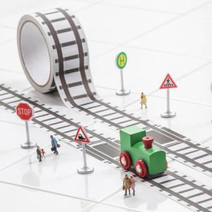 tape, plakband, making tape treinen, tape met rails,kinderkamer, inrichting, accessoires, pimpen, acces