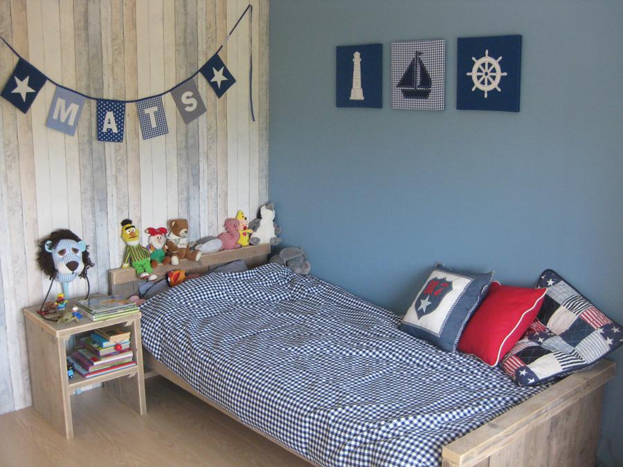De kleine auto l kinderkamer accessoires voor jongens - Blauwe en grijze jongens kamer ...