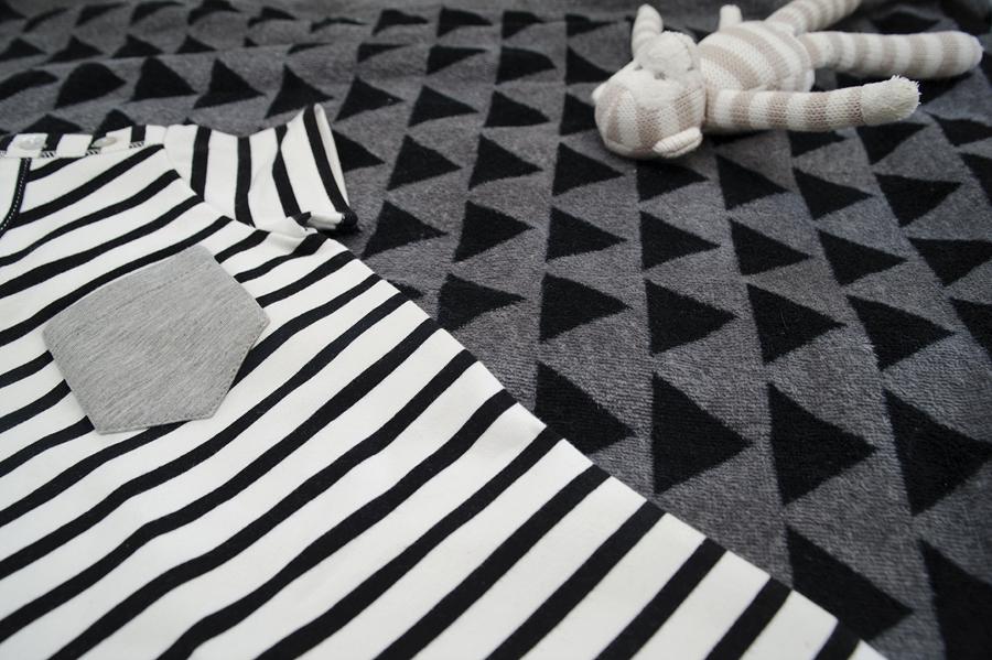 Hous of Jamie baby, babykleding van House of Jamie, zwart wit babykleding, review, boyslabel, babylabel, hippe babykleding