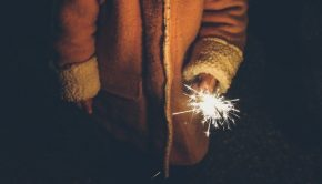 jongens en vuurwerk