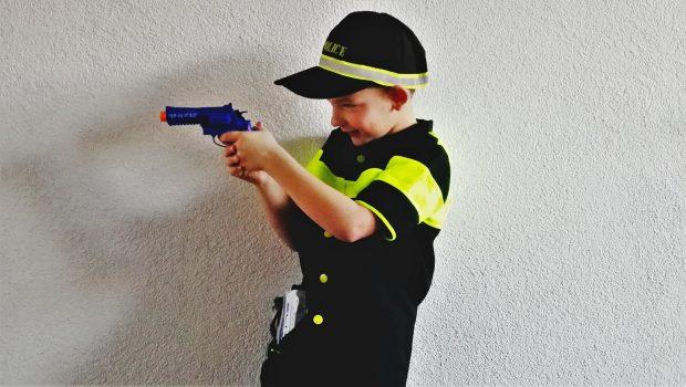 kinder politiepakje