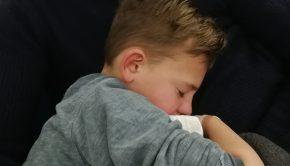 kindertandarts, kind met een slecht gebit