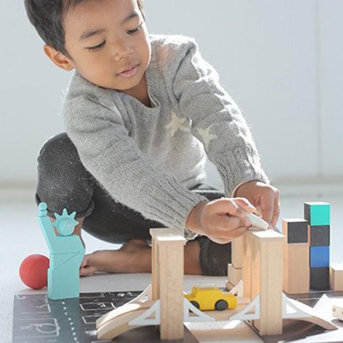 houten speelgoed, houten speelgoed voor jongens