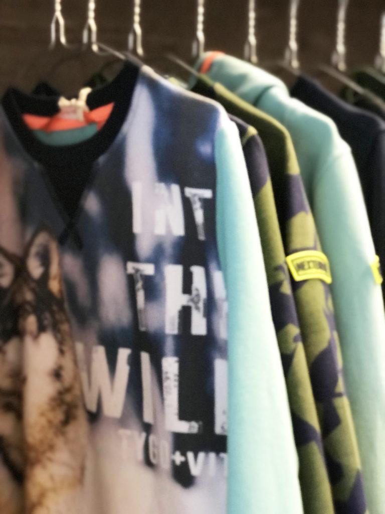 jongenskleding wild life, shirt met dierenprint, tygo vito, stoere jongenskleding, jongenskleding winter, dierenprints