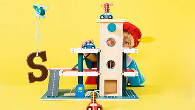 houten speelgoed, houten garage, houten speelgoed jongens