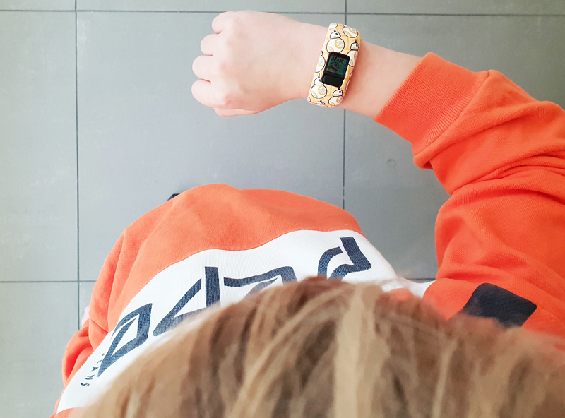 kinderhorloge, Vivofit activity tracker, activity tracker voor kinderen, review Vivofit activity tracker, review activity tracker, boyslabel