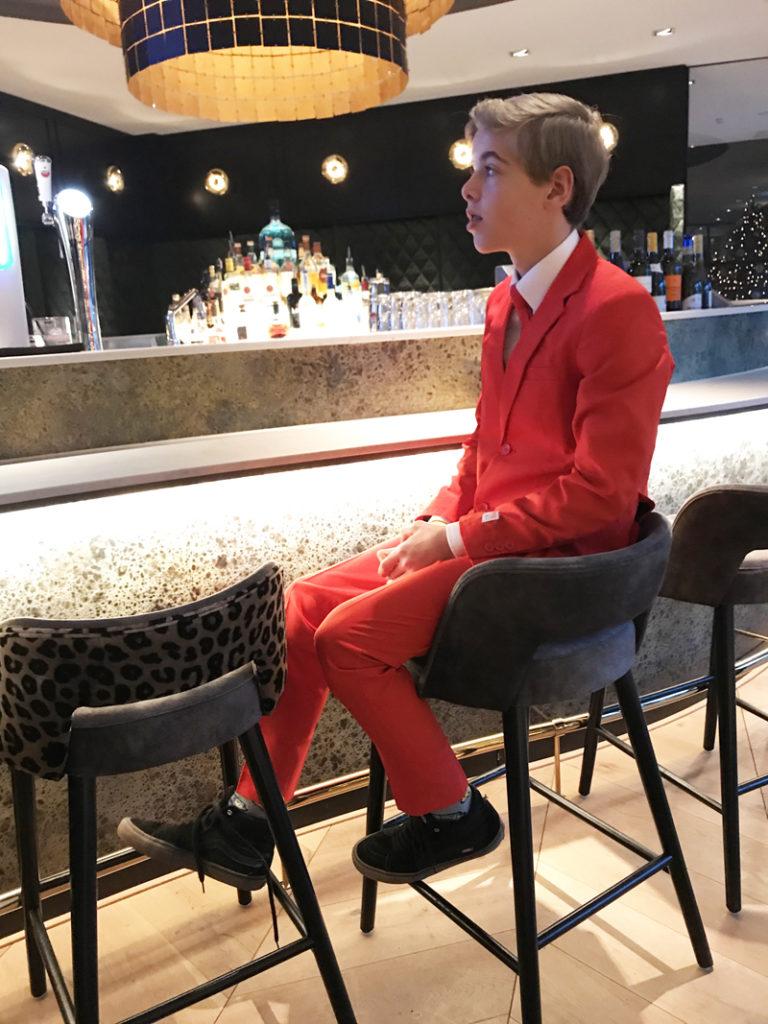 rood pak, rood kostuum, opposuits, tiener kostuum, kerstpak, jongenspak, boyslabel
