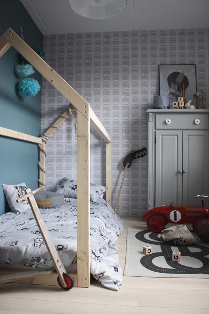 bedhuisje, peuter slaapkamer, peuterkamer, houten bedhuis