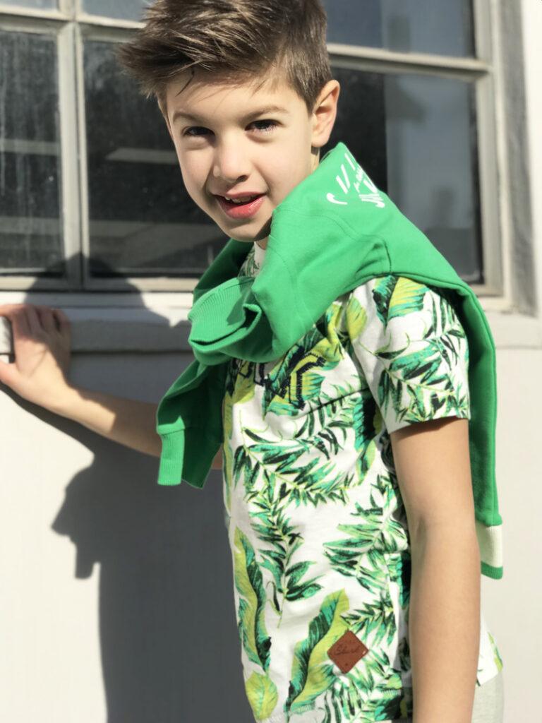 zomerkleding jongen, zomersetje jongen, skurk, groene kleding jongen