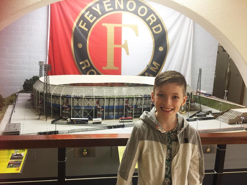 dagje uit in Rotterdam, Rotterdam is Feyenoord, De Kuip bezoeken