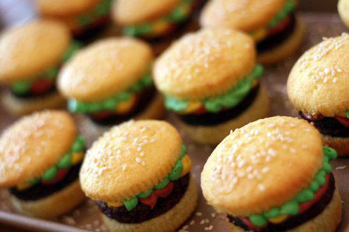 hamburger trakatie, kindertrakaties, traktaties jongen