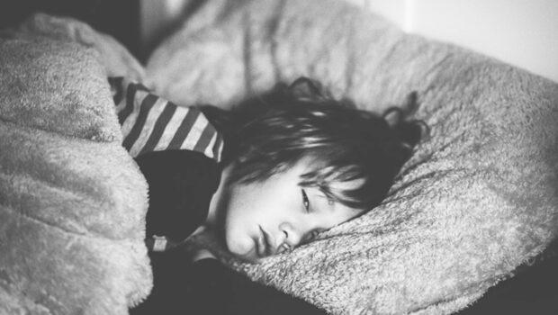 slaaptekort kind, jongeren slaapt slecht, slecht slapen kind