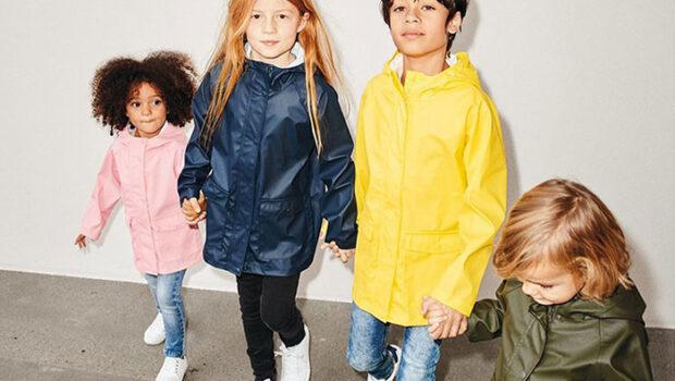 regenjassen voor kinderen, kinderregenjas, goedkope regenjassen, regenjas jongens, name it regenjas