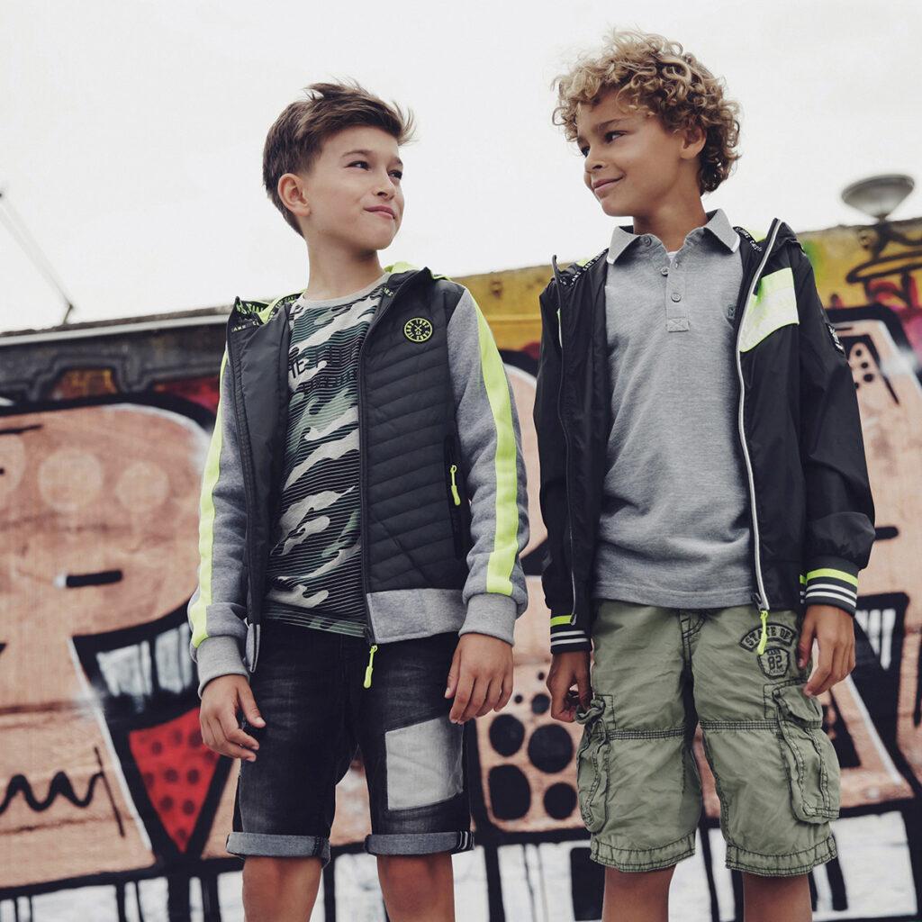 stoere jongensjassen, zomerjas jongen, zomerjassen voor jongens, jongensjas, cars jas, goedkope zomerjas jongens