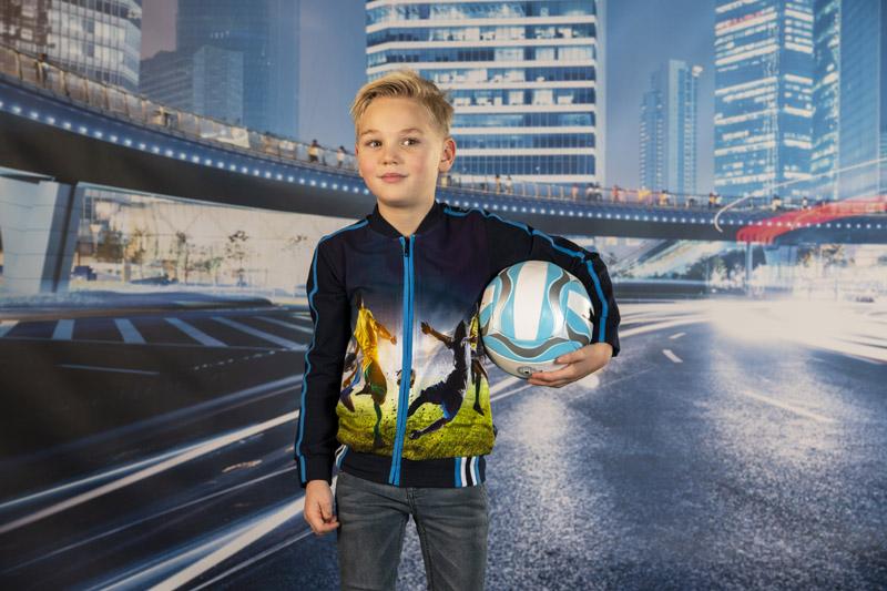 voetbalkleding, vest met voetbalprint, kleding met voetbalprint