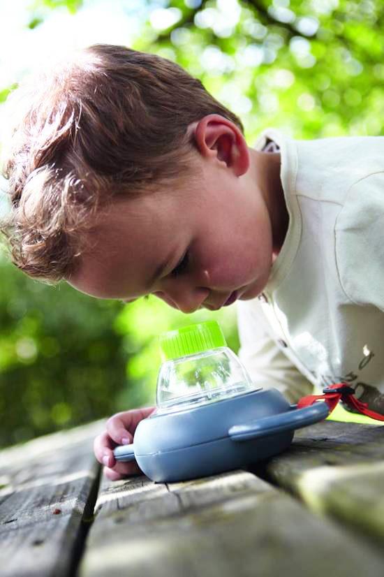 insecten onderzoeken kind, insecten vergrootglas