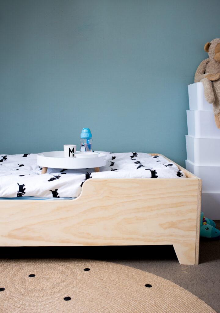 houten kinderbed, vanstoerhout, houten kindermeubels, jongenskamer inrichting, Culinessa for kids (1)