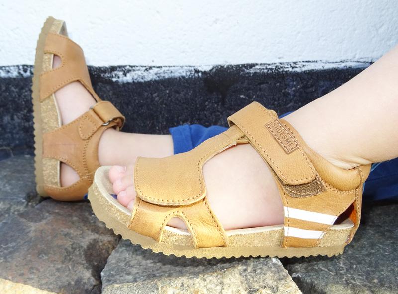 leren kindersandalen, leren sandaal, cognac kleur sandalen