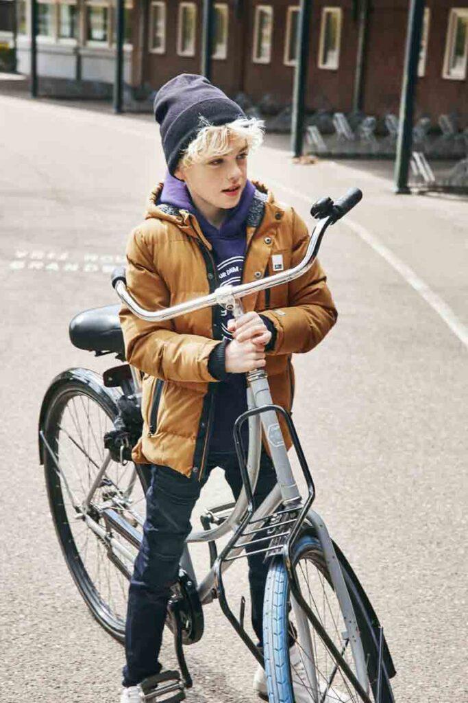 camelkleur winterjas jongen, retour jeans winterjas