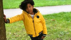 gele jongens jas, gele jongensjas, gele kinderjas, gele winterjas jongen