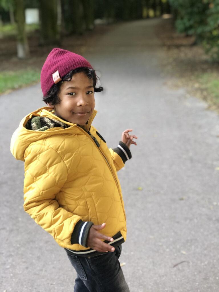 kindermodeblog, winterjassen jongens, gele winterjas kind