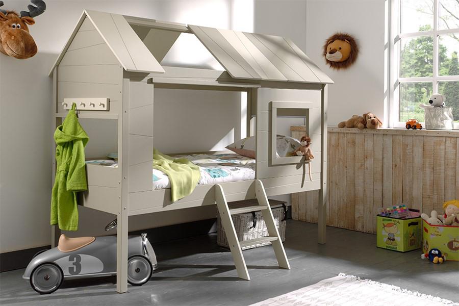boomhut bed, boomhut slaapkamer, bijzondere bedden kinderkamer, stoer jongensbed