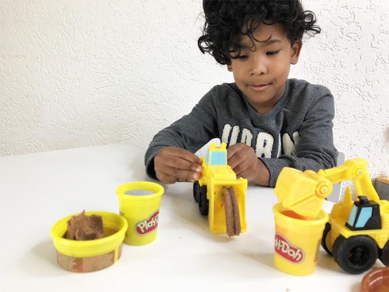 speelgoed jongen 5 jaar, speelgoed kind 6 jaar, jongensspeelgoed, hasbro, Play Doh Wheels
