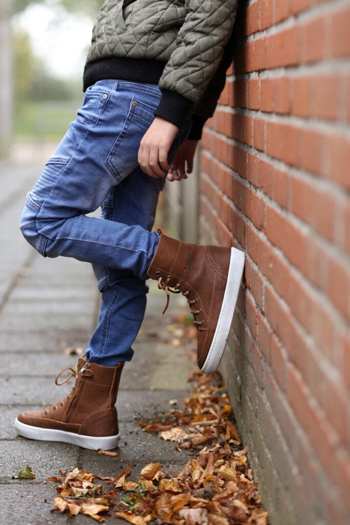 hoge leren sneakers, shoesme schoenen, boyslabel, kinderschoenen review, stoere jongensschoenen