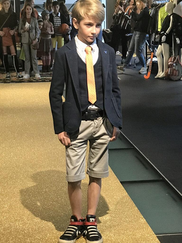 maatwerk, kostuum voor jongens, jongenspak, nette jongenskleding, colbertjasje jongen