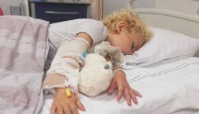 ziekenhuis kind, ziekenhuisopname kind, is mijn kind te klein, anti groeihormoon