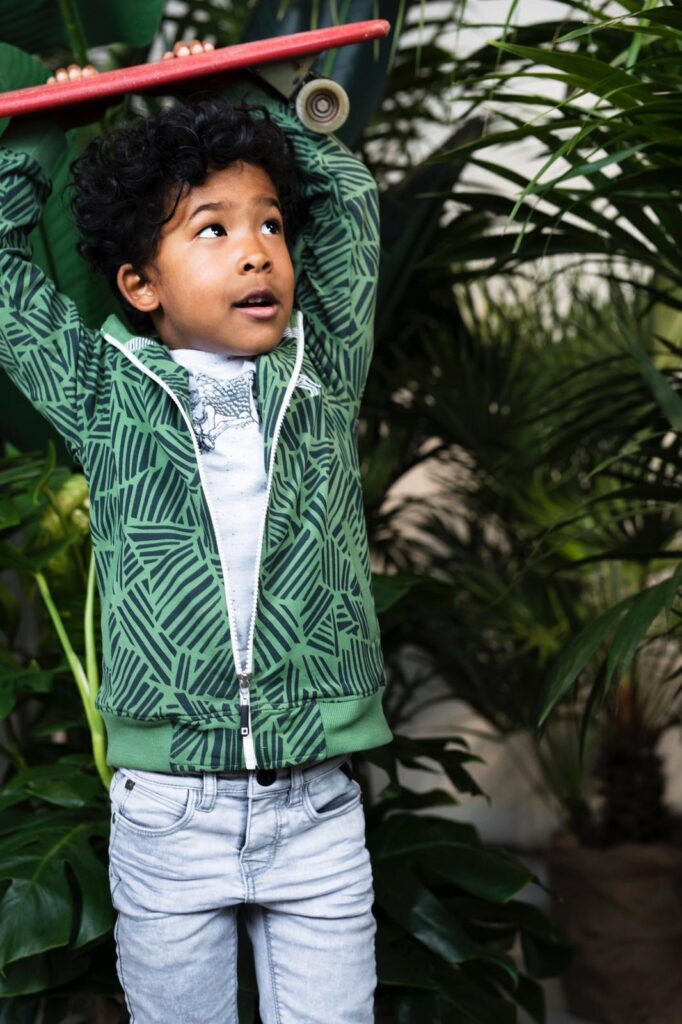 tumble n dry jongenskleding, groen vest, jongens vest, jongenskleding , jongensoutfit groen