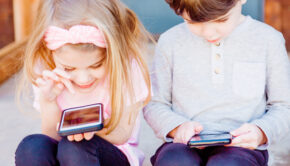 leeftijd kind telefoon, Vanaf welke leeftijd krijgt jouw kind een telefoon, wanneer mag een kind een mobiele telefoon