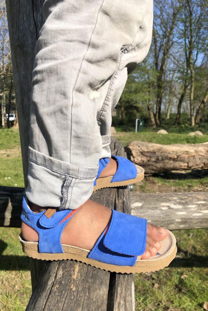 blauwe kindersandalen, leren kindersandalen, jongens sandaal