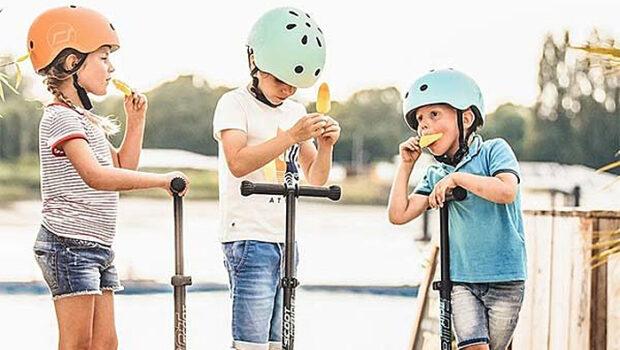 step, kinderstep, scoot and ride, 3-1 step, buitenspelen, waarom buitenspelen gezond is, waarom buitenspelen goed is voor kinderen, ontwikkeling kind, spelen kind, cadeau speelgoed kind