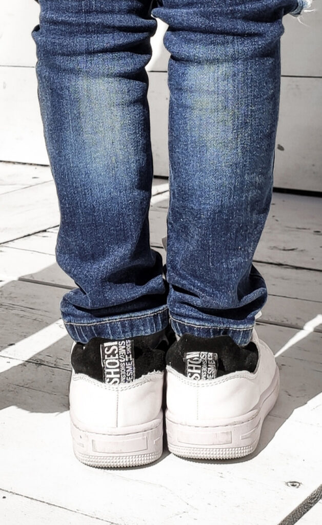 witte sneakers, witte jongens sneakers, witte gympen jongen, witte sneakers voor jongens