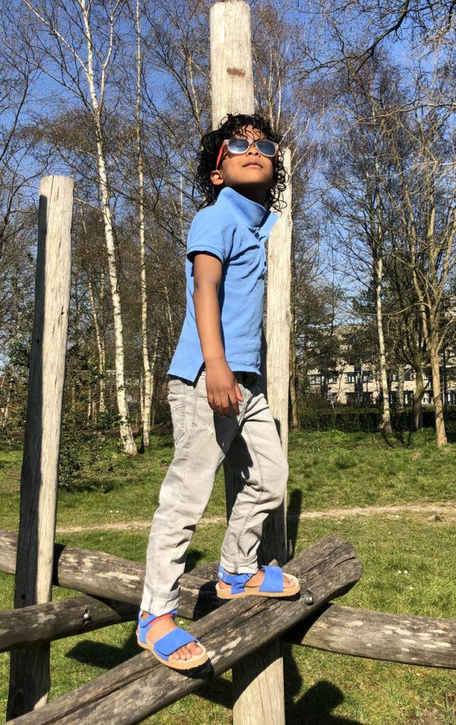 zomerkleding jongen, blauwe sandalen, sandaal jongen blauw, leren kindersandalen, shoesme sandalen
