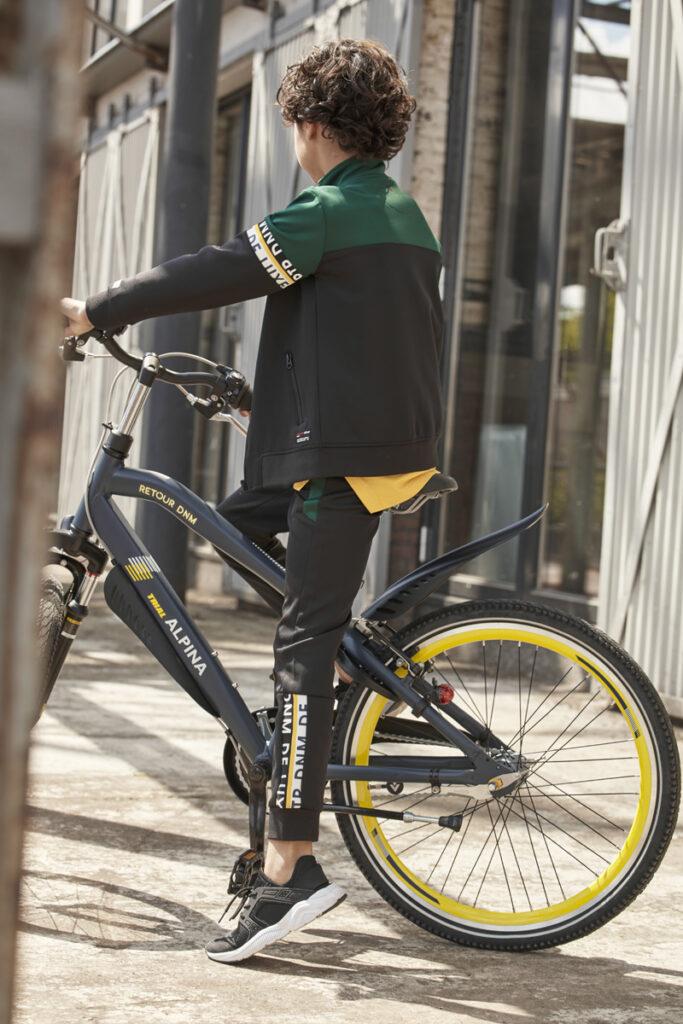 stoere jongensfiets, Alpina Trial jongensfiets, stoere jongensfiets, Alpina bikes x retour, retour jeans fiets, hippe kinderfiets, kinderfiets winnen