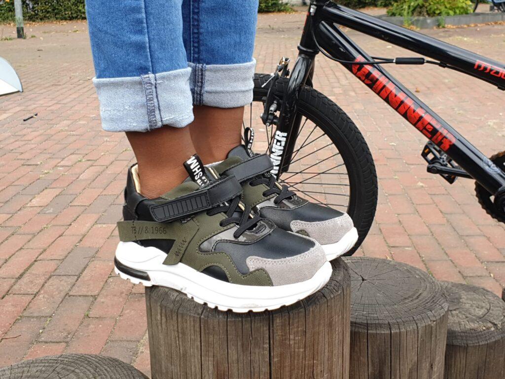 stoere jongens sneakers, kindersneakers, shoesme sneakers, stoere sneakers jongen, stoere kindersneakers