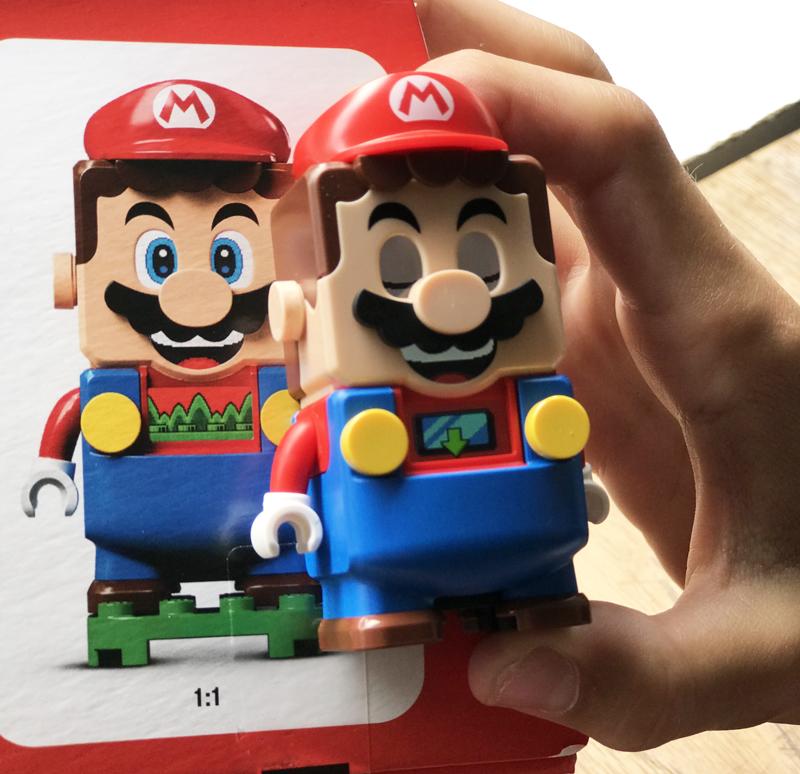 Super Mario van LEGO, Mario poppetje lego