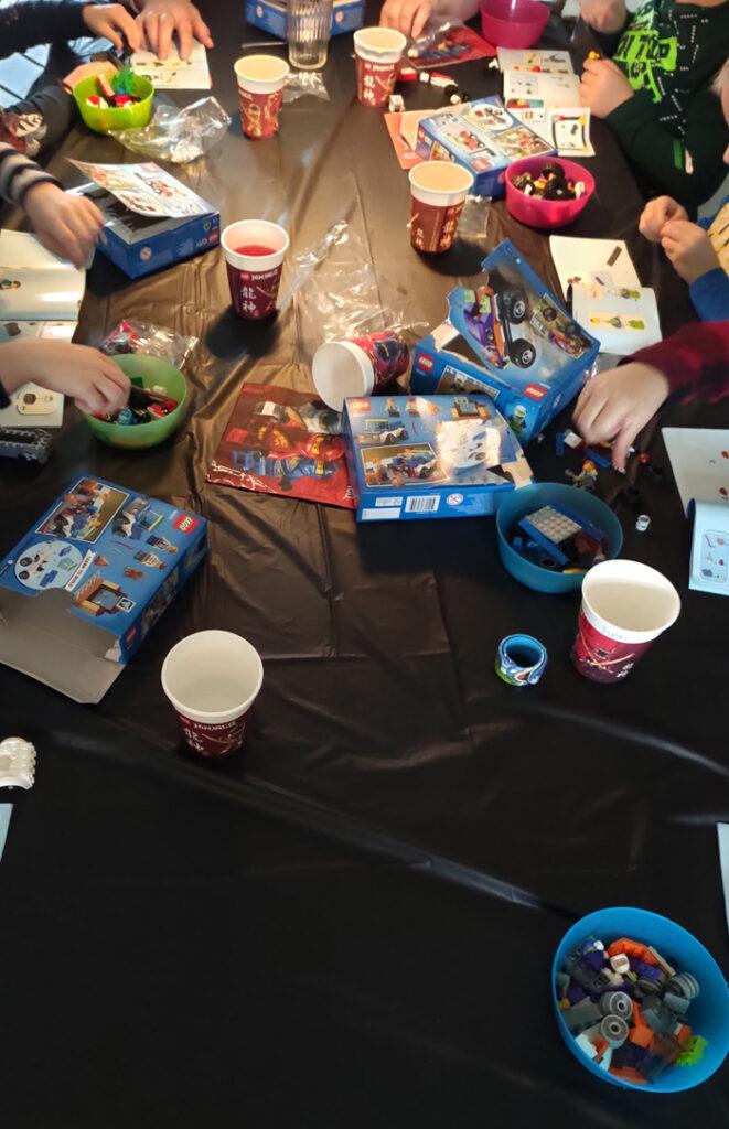 Lego kinderfeestje, lego feestje, kinderfeestje corona proof, coronaprood kinderfeest