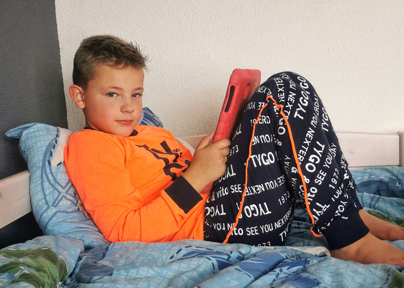 pyjama als sinterklaas cadeau, tygo vito pyjama, stoere jongens pyjama