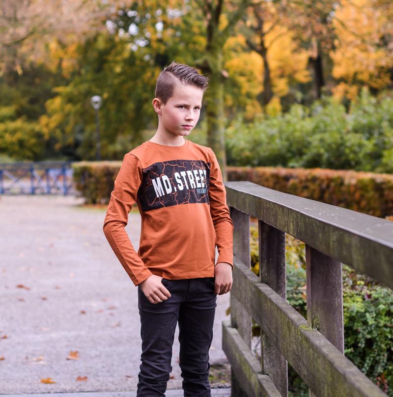 stoere jongenskleding, herfstkleuren jongens kleding