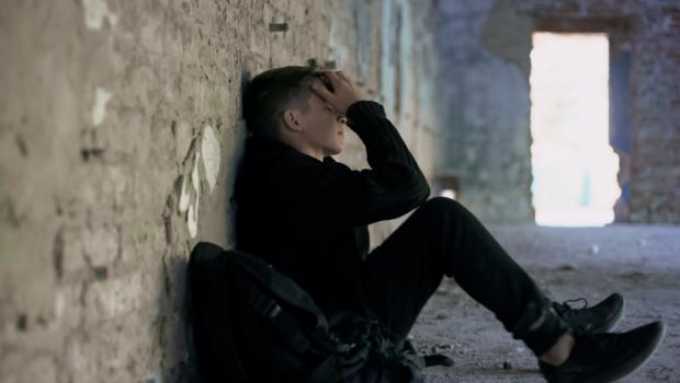 depressieve puber, depressie pubers, depressieve pubers, pubers eenzaam, zelfmoord gedachten puber