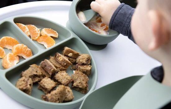 gezeur om eten, hoe zorg je dat je kind zijn bord leeg eet, eet je groenten dag, groenten eten kind