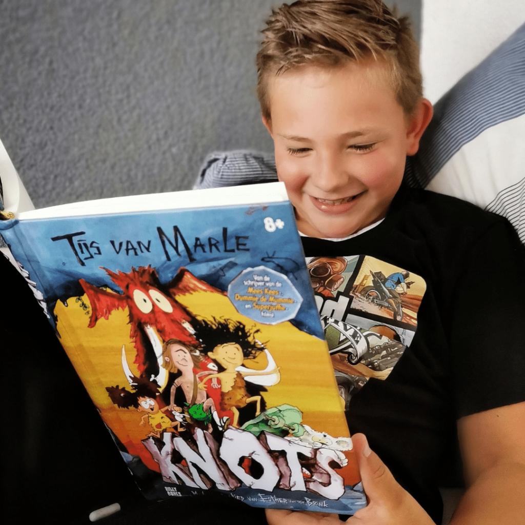 KNOTS, tijs van marle, kinderboek, leuk kinderboek, kinderboek kind 7 jaar ,boek kind 8 jaar, boek kind 9 jaar, billy bones, jongensboek, leuke jongensboeken