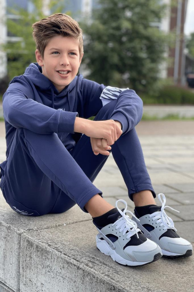 nike model 654275-042, nike huarache, nike huarache sneakers, nike huarache kids sneakers, kids sneakers NIKE model 2021-2022